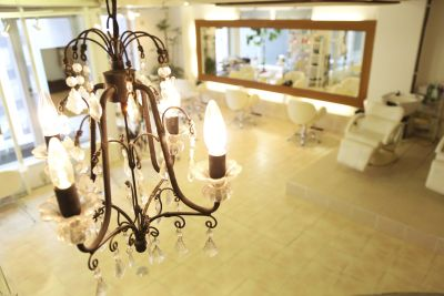 Les Baladins du Miroir 面貸しチェアーの室内の写真