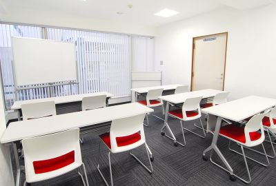 リファレンスリバーサイド貸会議室 会議室R-3の室内の写真