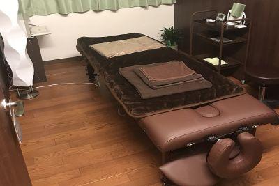 Katty's Salon  B 室 エステサロンスペースの室内の写真
