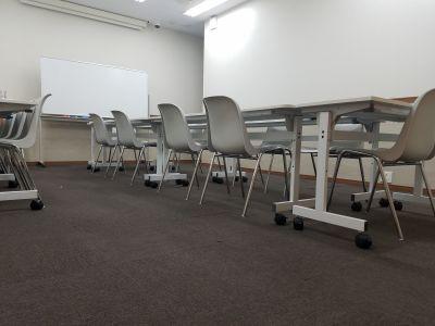 fabbit 銀座 会議室、コワーキングスペース、貸切フロアの室内の写真