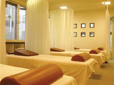 最賀鍼灸整骨院 サロンスペースの室内の写真