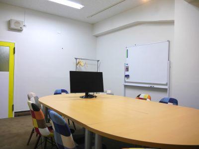 Rampart 会議室2の室内の写真