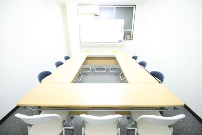 お気軽会議室 本町 ◆お気軽会議室本町◆の室内の写真
