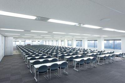 大阪会議室 ツイン21MIDタワー会議室 8+9会議室(20階)の室内の写真