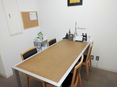 fabbit大阪福島 打合室1の室内の写真
