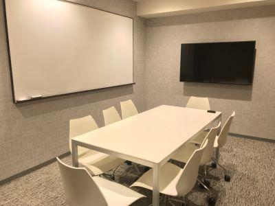 fabbit栄 ミーティングルームCの室内の写真