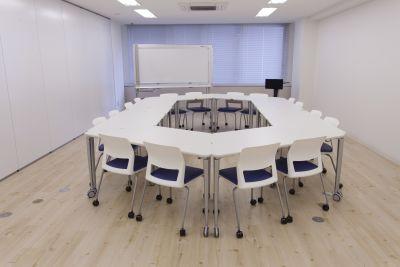 会議室FLAT 会議室Bの室内の写真