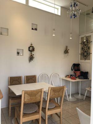 レンタルスペースビノセンスカフェ レンタルカフェ スペースの室内の写真