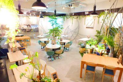 CAFE&WEDDING 22 カフェスペースの室内の写真