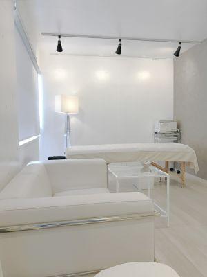 レンタルサロンaMieu麻布十番 aMieu麻布十番(Blanc)の室内の写真