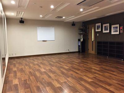 当日予約可能!JR神田駅前のきれいなスタジオです。 - Y-STUDIO