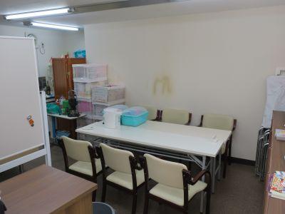 NPO法人ピクニックケア分室 レンタルスペースの室内の写真