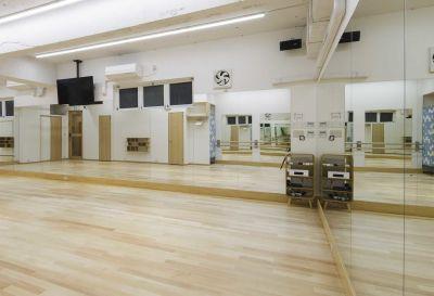 Studio RATAN ダンススタジオの室内の写真