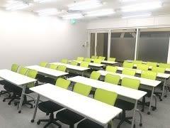 大阪駅から徒歩4分! 研修・セミナーにうってつけのお部屋です! - 自習室うめだの貸し会議室 3ビル
