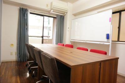 【ベル会議室】 モニター無料の貸し会議室♪の室内の写真