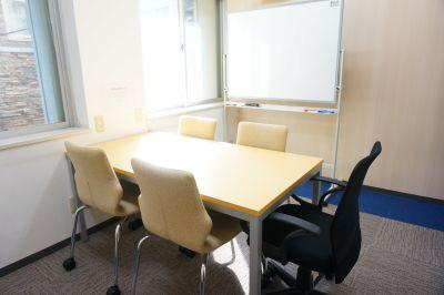 <JWS兜町6名会議室> Wi-Fi無料の完全個室会議室♪の室内の写真