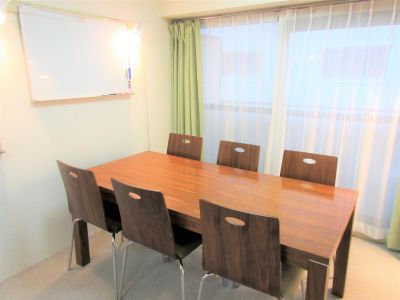 吉祥寺スペース「Aurora」  貸切個室【6名利用プラン】の室内の写真