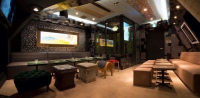 KARAOKE  George 多目的スペースの室内の写真