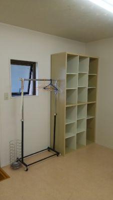 サロン オレナ 鏡付きスタジオの設備の写真