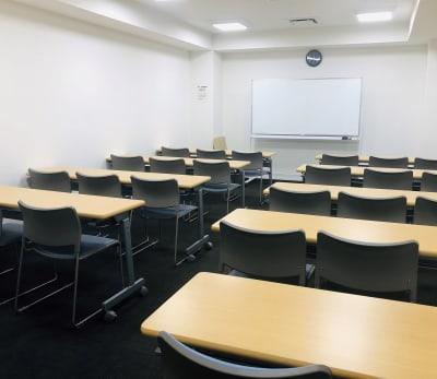 日本カルチャー協会 福岡校 セミナールームの室内の写真