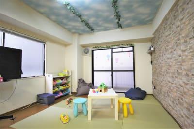 畳敷きのキッズスペース - ハルイロの部屋 長堀橋 多目的レンタルスペースの室内の写真