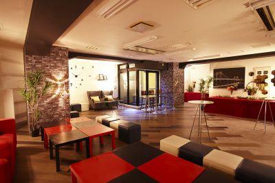 新橋駅前G パーティースペースの室内の写真