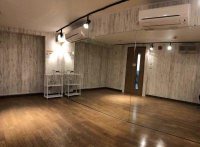 スタジオBUZZ 国分寺 Bスタジオの室内の写真