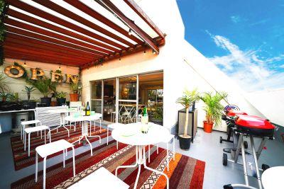 屋内グランピング - プライベートスペース、ソラテラス お洒落ルーフトップテラスつきの室内の写真