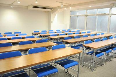 NATULUCK神田・小川町駅前 3階大会議室の室内の写真