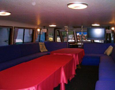 フェニックスクイーン  朝潮桟橋の室内の写真
