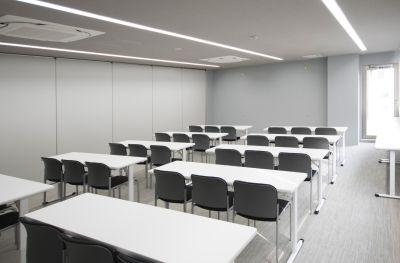 RITA白金カンファレンス 会議室C 401の室内の写真
