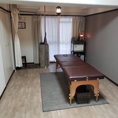サロン~tanagokoro~の室内の写真