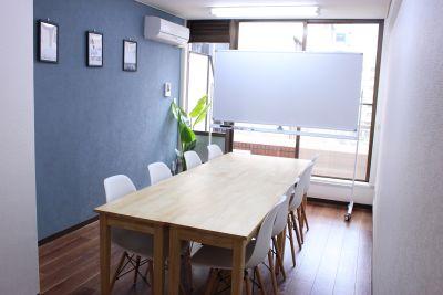 横浜徒歩5分/クリエイト会議室 クリエイト会議室/横浜駅徒歩5分の室内の写真