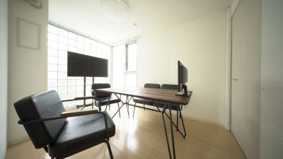 S.STUDIO Bスタジオ会議室、自由スペースの室内の写真