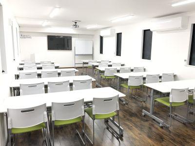 高崎白銀ビルⅡ 貸会議室 Room1【最大26席】の室内の写真