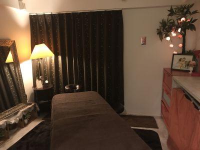 ユニヴェール 【完全個室サロン】の室内の写真