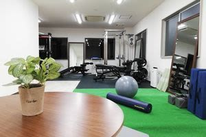 開放的な空間 - 西新宿レンタルジム レンタルジムの室内の写真