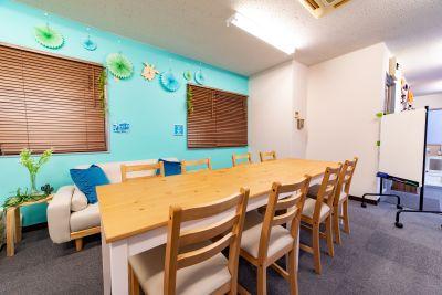 072_AS南大塚 会議室の室内の写真
