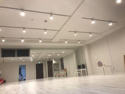 スタジオフュージョン レッスンスタジオの室内の写真