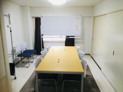 ススキノ会議室 会議室の室内の写真