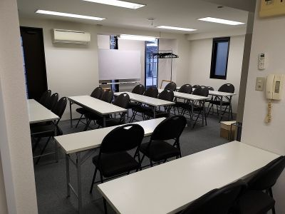 なないろボックス 新宿代々木店 貸し会議室、レンタルスペースの室内の写真