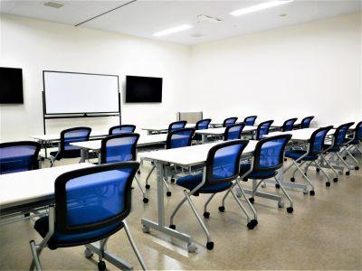 NATULUCK拝島 会議室1+2の室内の写真
