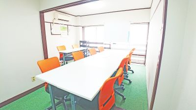 DropByHiroshima 銀山町2分会議室の室内の写真