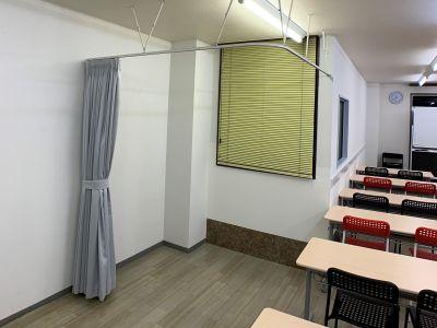 お気軽会議室金沢安江町103号室 レンタル多目的スペースの室内の写真
