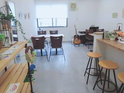 明るく清潔なスペース - Nagisanboの室内の写真
