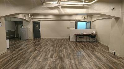 まるちか人形町 多目的スペースの室内の写真