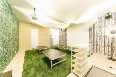 パーティーピーポー 多目的スペースの室内の写真