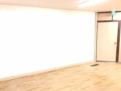 奥田ビル 多目的レンタルスペースBEGINの室内の写真