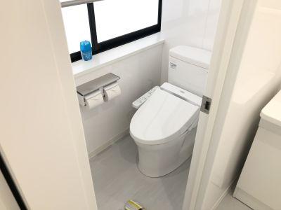 室内トイレ(壁を2枚隔てているので音が気になりません) - 新宿T-spaceⅡ最大38名 多目的スペースの設備の写真