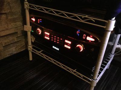 One More。。。 カラオケバーの設備の写真